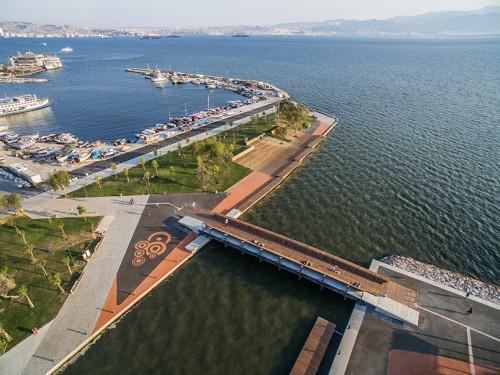 Turkiye-Izmir-Karsiyaka.jpg
