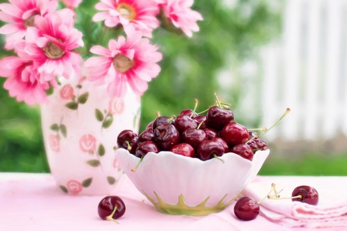 cherries-in-a-bowl-773021_1920.md.jpg
