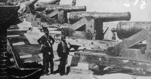 parapet-guns-fort-sumter-P.jpg