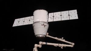 spaceship_dragon_iss_space_docking_62619_300x168.jpg