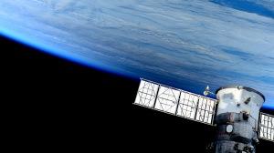 spaceship_space_planet_101317_300x168.jpg