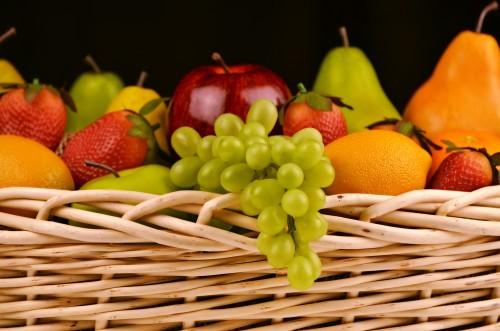 fruit-basket-1114060_1920.md.jpg