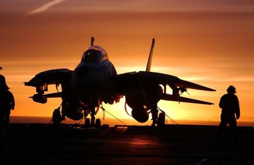 military-jet-fighter-569907_1920.md.jpg