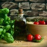 olive-oil-1412361_1920.th.jpg