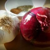 onion-627138_1920.th.jpg