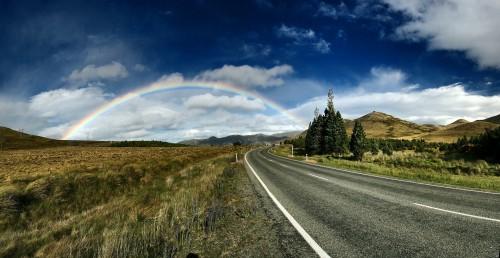 rainbow-background-1149610_1920.md.jpg