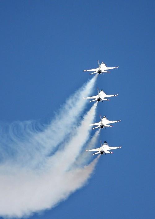 reno-airshow-175521_1280.md.jpg