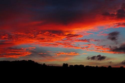 sunset-194702_1280.md.jpg